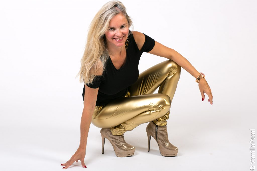Goldene Leggings made by Christina