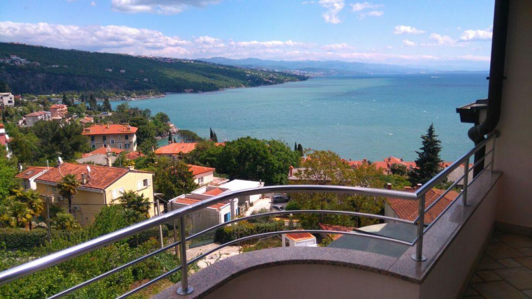 Wohnung mit Meerblick in Volosko, Kroatien